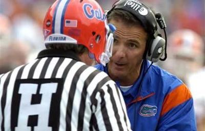 Urban Meyer Explains Things to Gator Ref