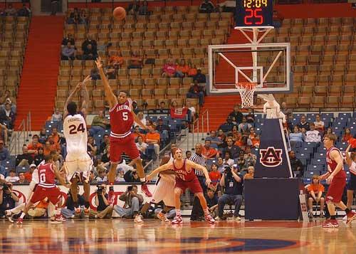 Auburn basketball jump shot