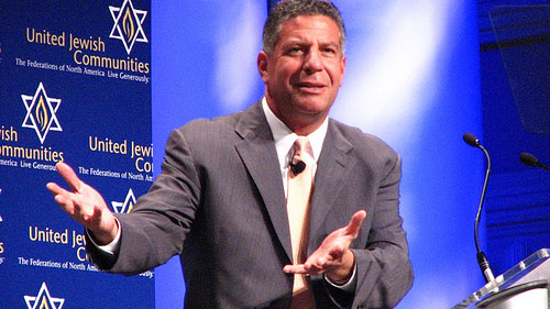 Tennessee Basketball Coach Bruce Pearl.