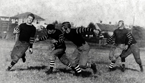 Bully Vandergraaff, Alabama's first All-American football player