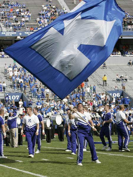 Kentucky's Male Cheerleader Lead Cheers Before Football Game