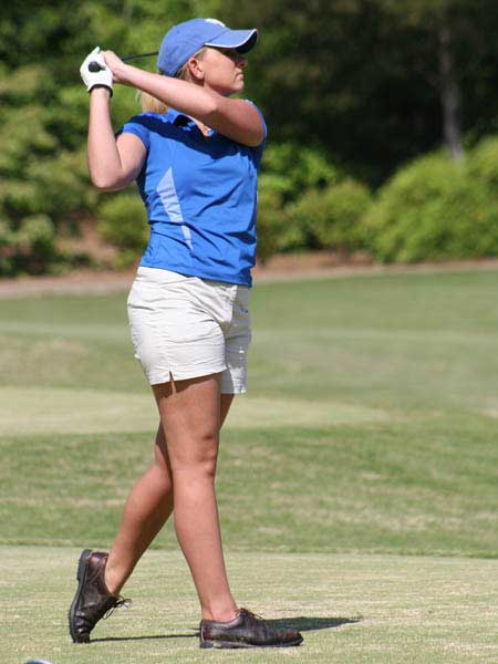 Lady Wildcat golf swing