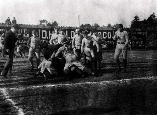 photo of first Alabama- Auburn game in 1893.