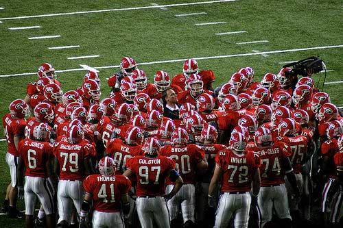 Georgia Bulldogs team huddle