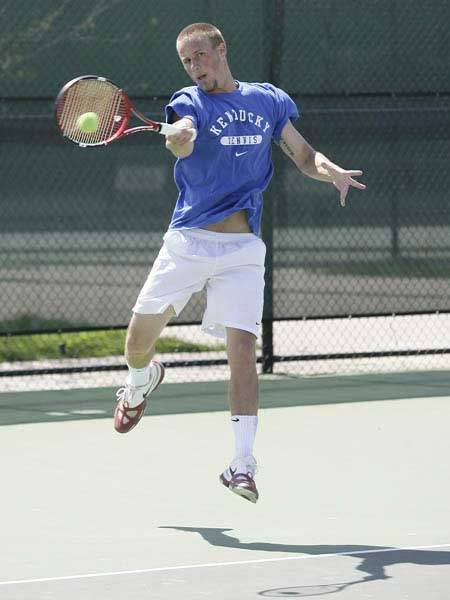 Kentucky Mens Tennis Forehand