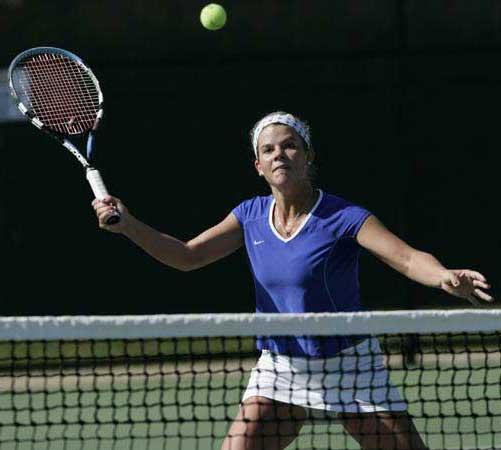 Kentucky Tennis Smash at Net