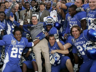 UK Wildcats Celebrate Music City Bowl Win