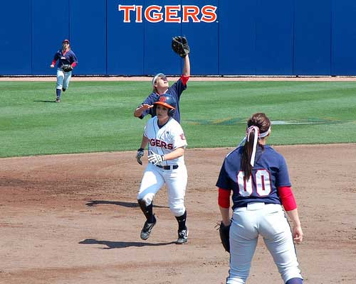 Auburn Tiger softball player runs between bases